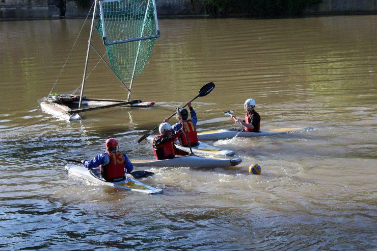 Einblicke in das Training des Tübinger Kanupoloteams