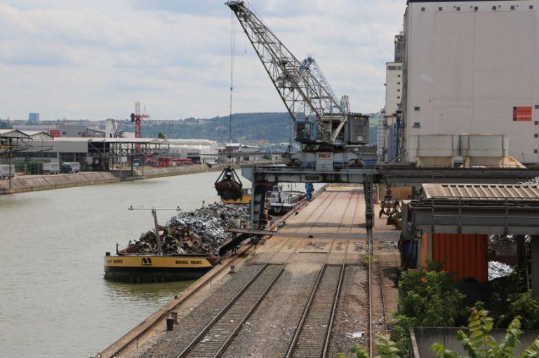 Dreckig und laut! Aber dann doch wunderschön... Erste Eindrücke vom Hafen in Stuttgart